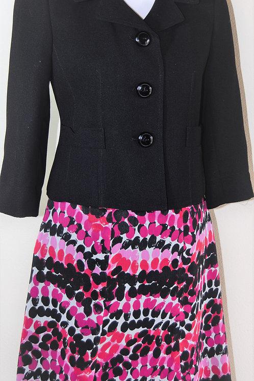 Suit Studio Suit, NWOT, Size 2P   SOLD