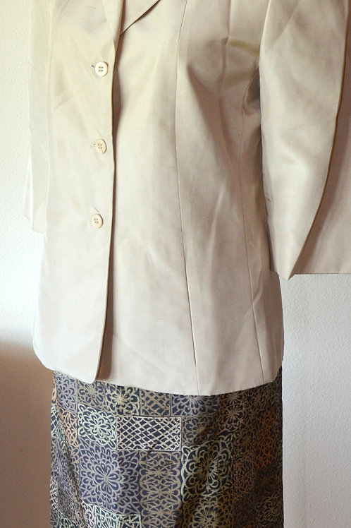 Travis Ayers Suit, Size 6   SOLD