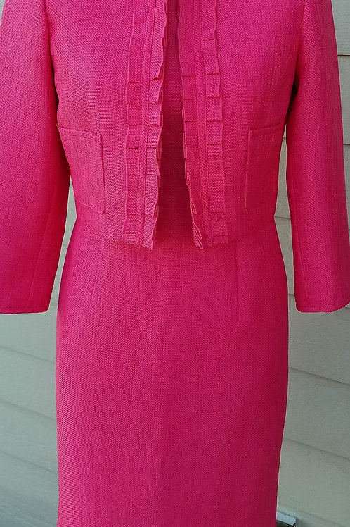Kasper Dress Suit, Size 2P   SOLD