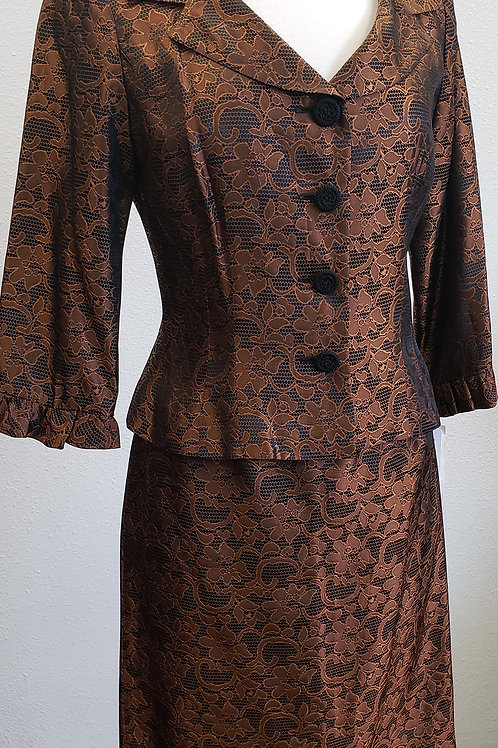 Maggy London Suit, NWT Size 6    SOLD