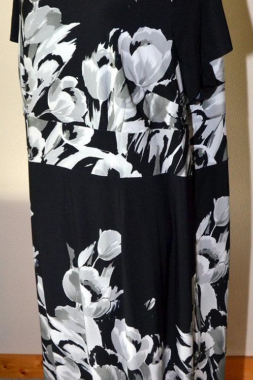 Avenue Dress, Size 26/28   SOLD