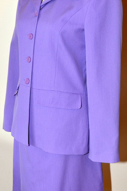 Casual Corner Suit, Size 6   SOLD