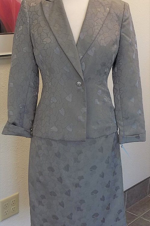 Le Suit, Suit, Size 2 or 4        SOLD