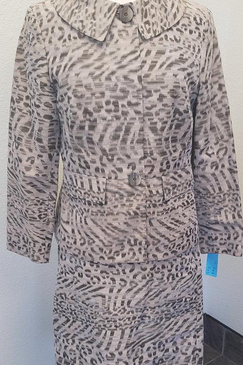 Doncaster Suit, Size 6