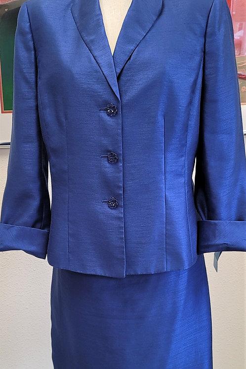 Le Suit Essentials Suit, Size 14