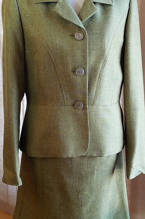 Evan Picone Suit, NWOT Size 10   SOLD