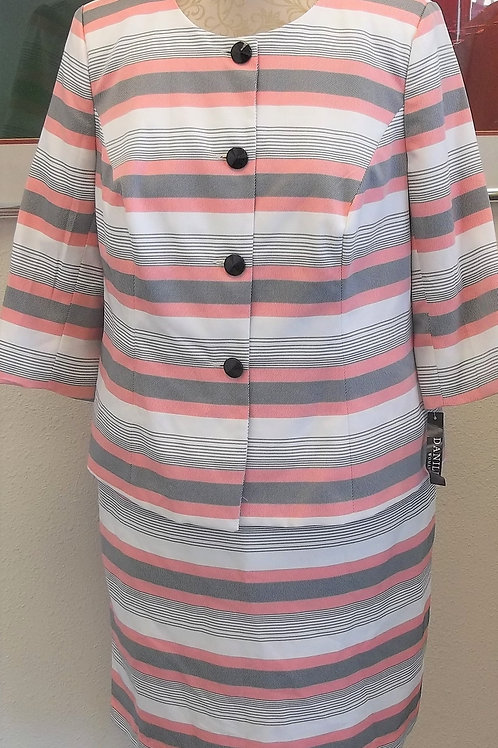 Danillo Suit, NWT Size 18
