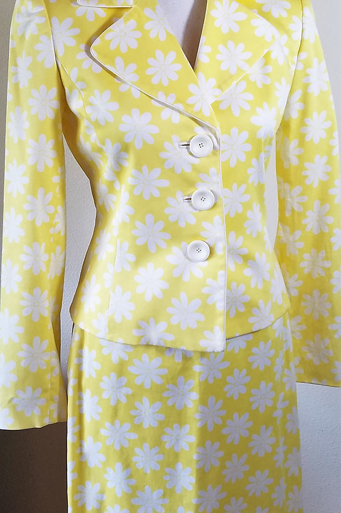 Isabella DeMarco Suit, Size 2    SOLD