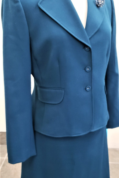 Tahari Suit, Size 10P