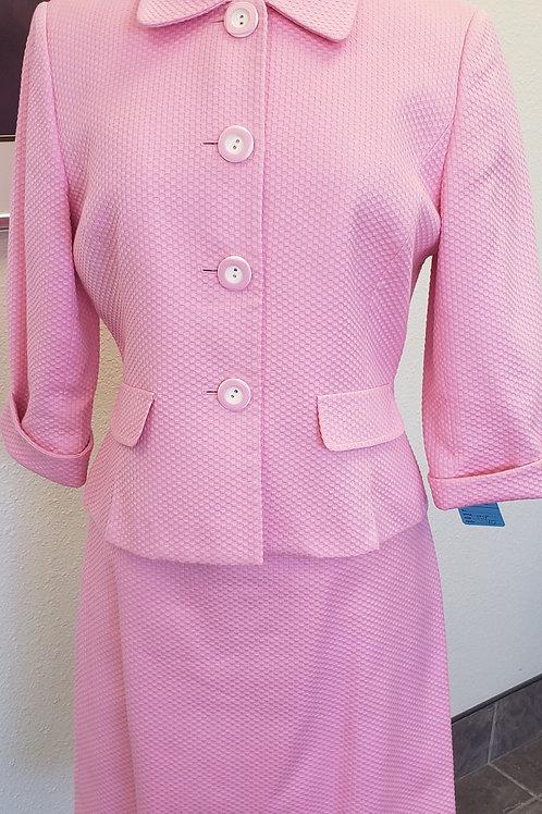 Tahari Suit, Size 10P    SOLD