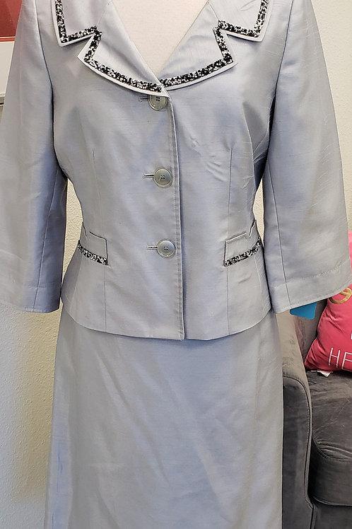 Suit Studio Suit, Size 10