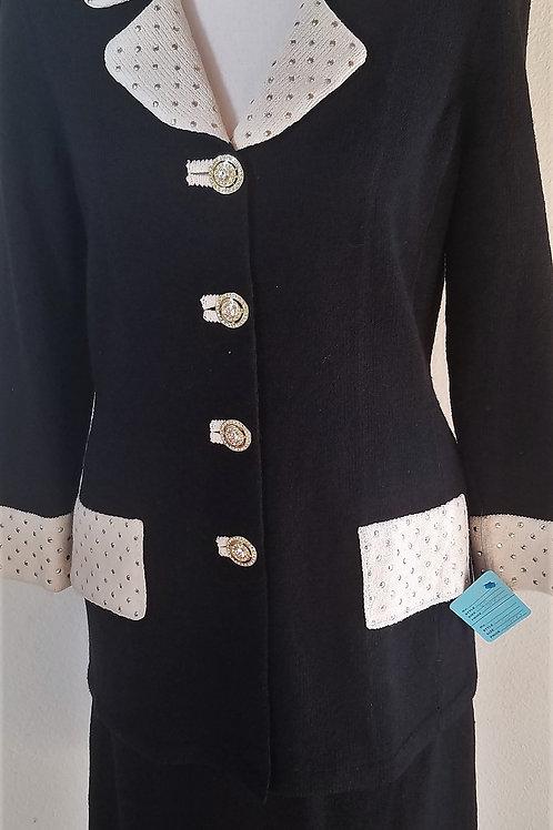 Toula Knit Suit, Size 8    SOLD