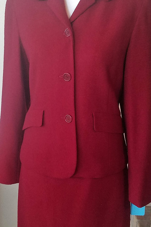 Ann Taylor Suit, Size 4    SOLD