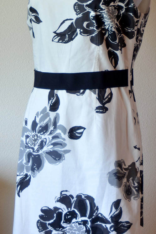 Ann Taylor Dress, Size 8   SOLD
