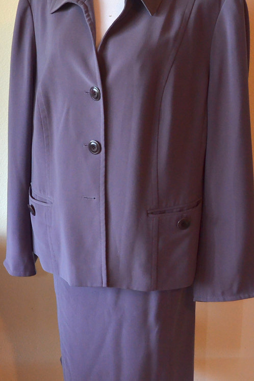 Jones New York Suit, Size 22W   SOLD
