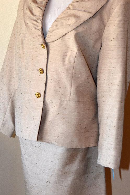 J. Rose Suit, Size 18    SOLD