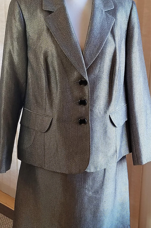 Evan Picone Suit, Size 16W    SOLD