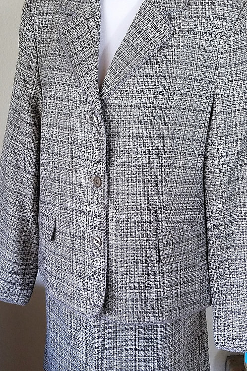 Jaclyn Smith Suit, NWT Jkt Size 16, Skt Size 14    SOLD