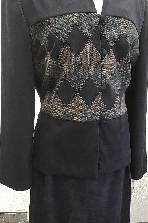 John Roberts Suit, NWT, Size 16