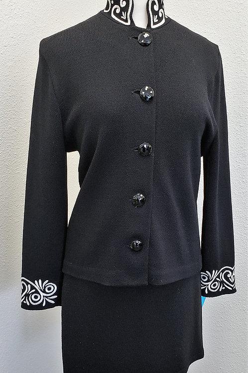St. John Suit, Size 6