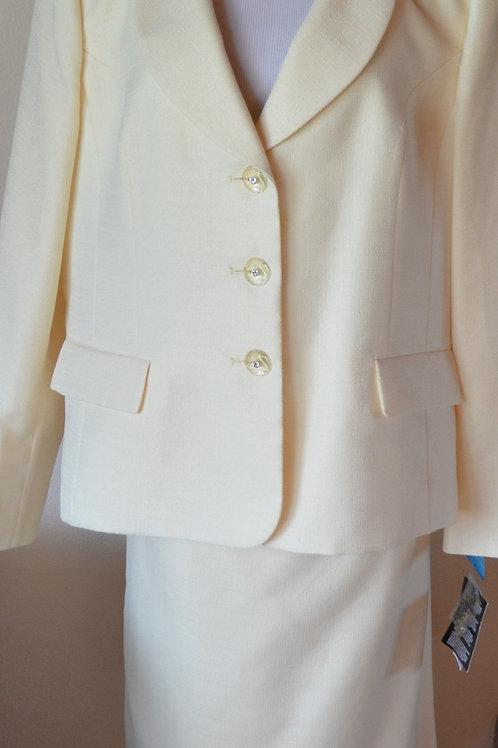 Le Suit, Suit, NWT Size 18    SOLD