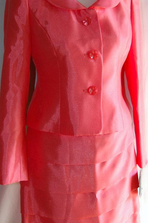 Le Suit, Suit, NWT, Size 2P   SOLD
