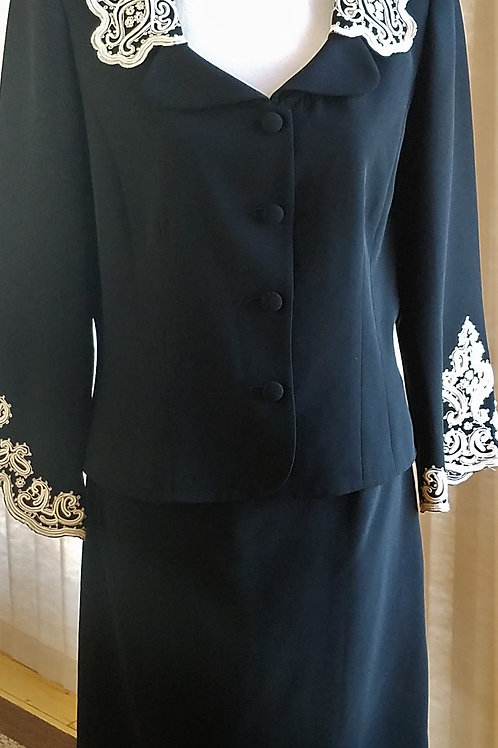 Maggy London Suit, Size 12    SOLD