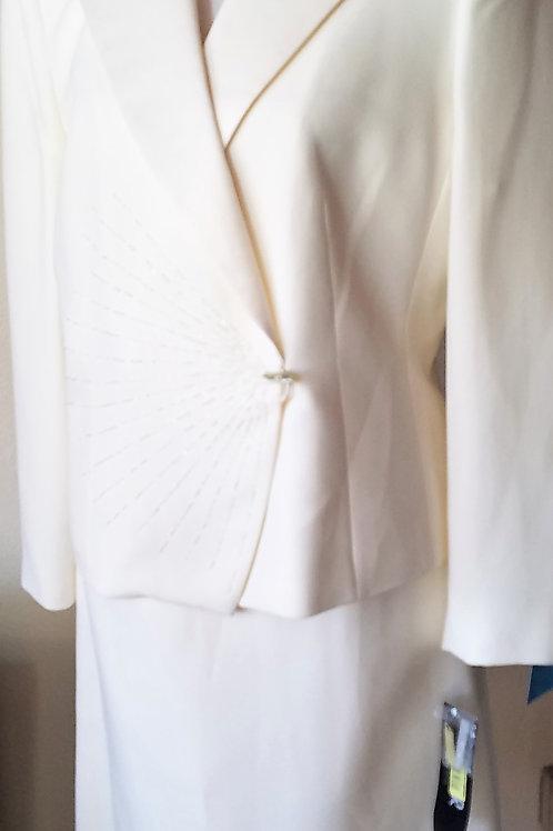 Kasper Suit, NWT, Size 14P    SOLD