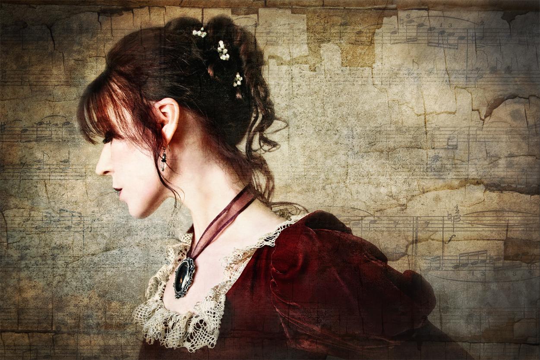 Twilight Held Me in Her Serenade