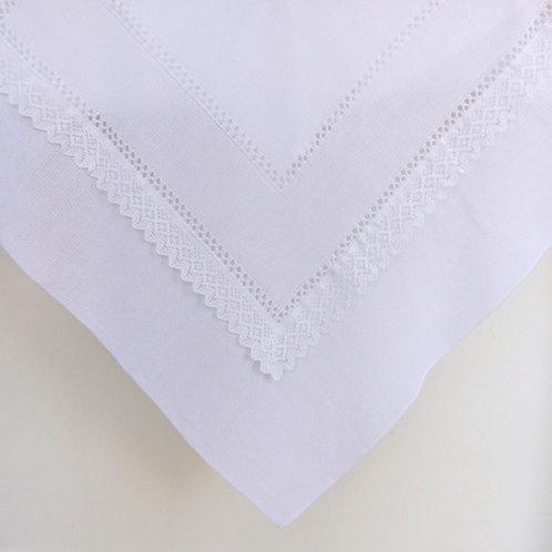Creaciones Gavidia White with Lace Inset Lightweight Shawl