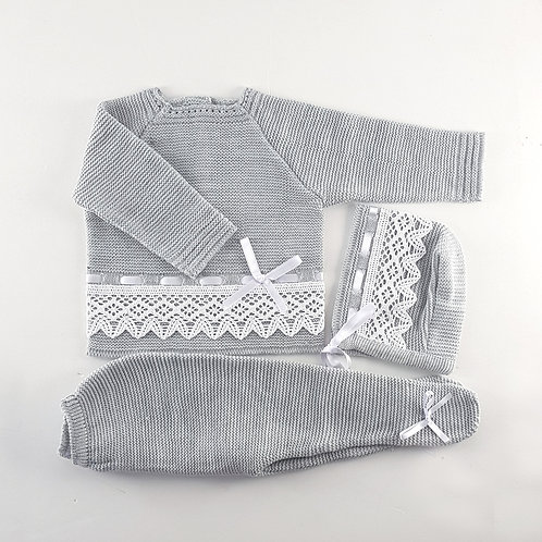 Creaciones Gavidia Grey with Lace Knitted 3 Piece Set | 6m