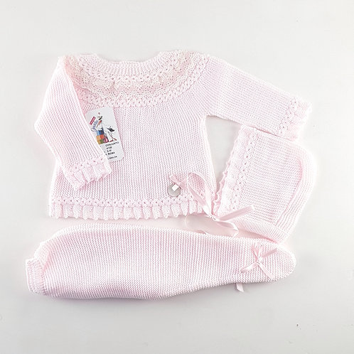Creaciones Gavidia Pink with Lace Neck Detail 3 Pc Set | 3m