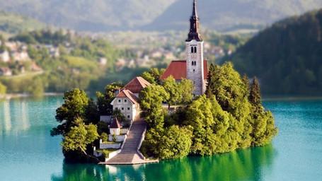 Lubiana, Lago di Bled e le Grotte di Postumia 3 giorni