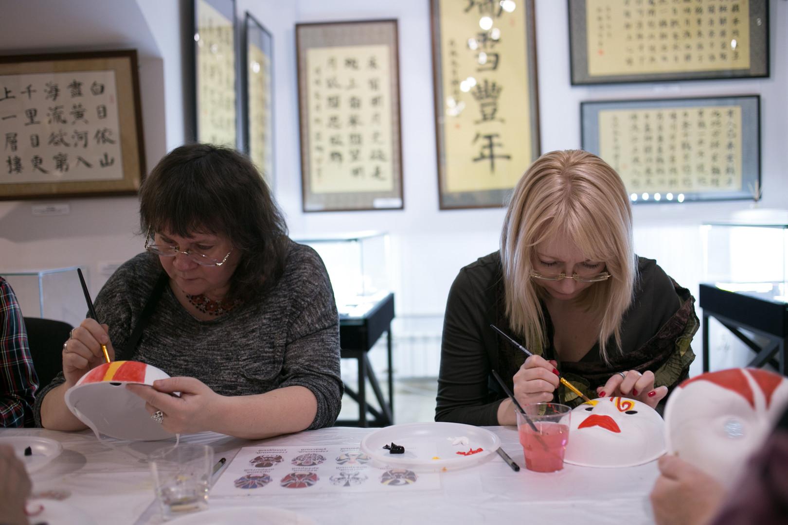 МК по росписи китайских масок.jpg