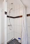 Bruser Shower