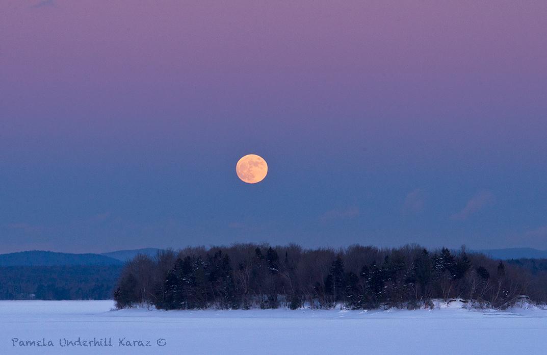 Hinckley Full Moon