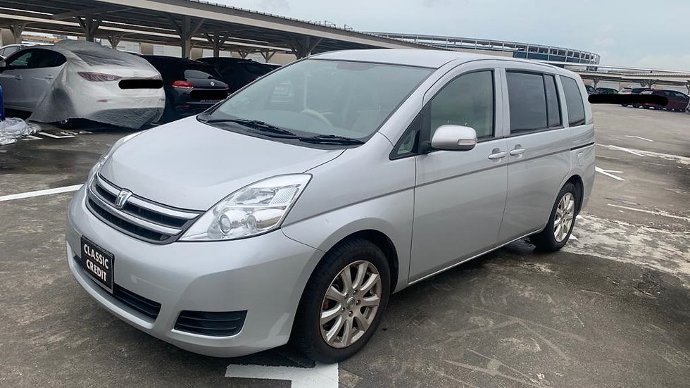 TOYOTA ISIS 1.8LX A(COE till 09/2027)