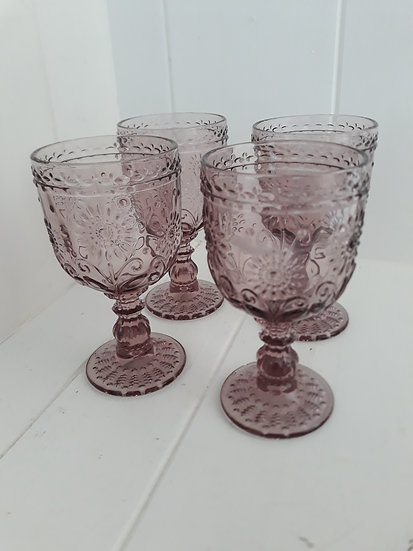 Mulberry pink floral textured vintage wine glasses