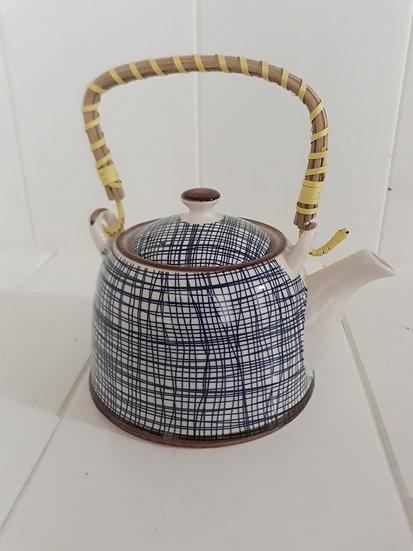 Ceramic blue lines tea pot