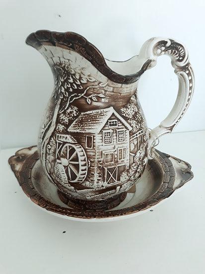 preloved homewares, vintage homewares, retro, secondhand, katikati vintage, jugs, vintage glassware, tauranga vintage