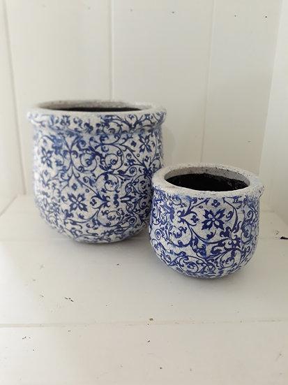Large Blue Vine Ribb Pot