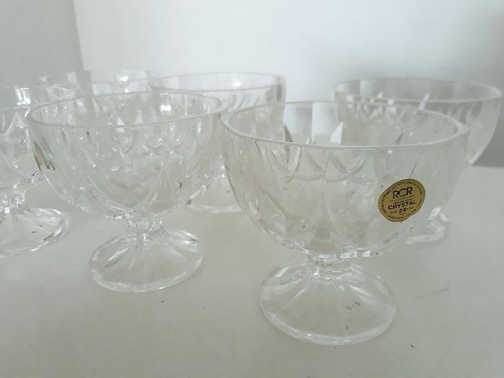 preloved homewares, vintage homewares, retro, secondhand, katikati tauranga vintage, jugs, crystal glassware, floral and old