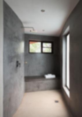 moditlo_bathroom2.jpg
