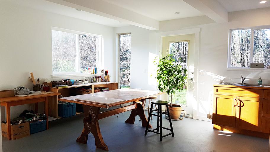 Flourish Art Therapy studio inside