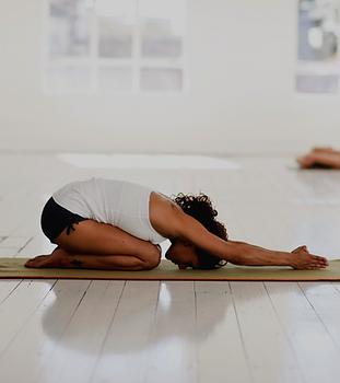 Einsteigerkurs Yoga.png