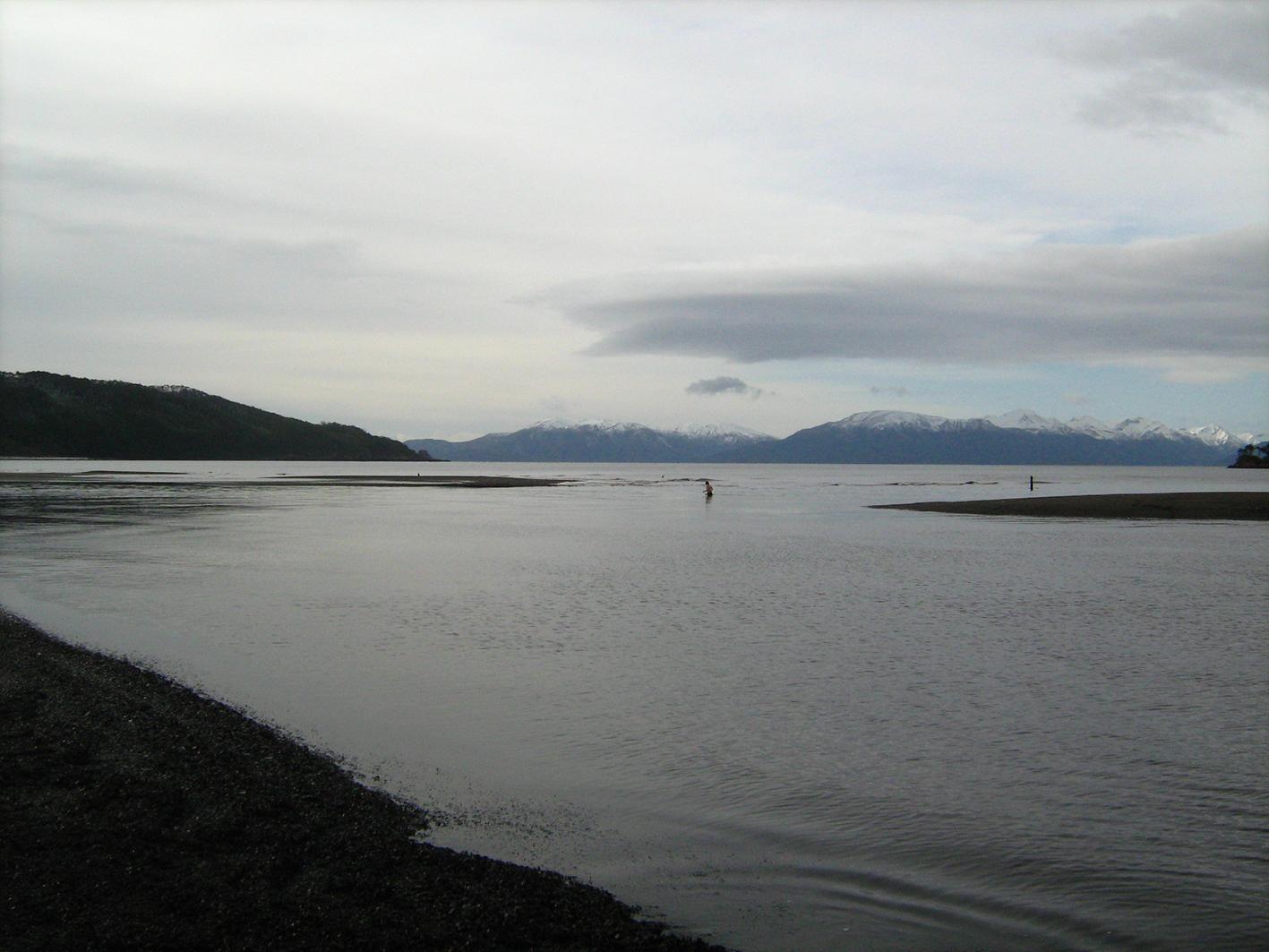 Cruzando el Rio San Nicolas