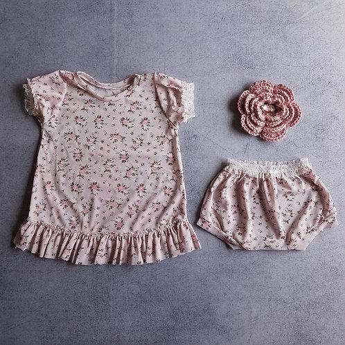 Bata Floral Rosa - 05 à 09 meses