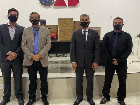 OABPB e CAA/PB entregam a Subseção Guarabira equipamentos para sala de audiência virtual
