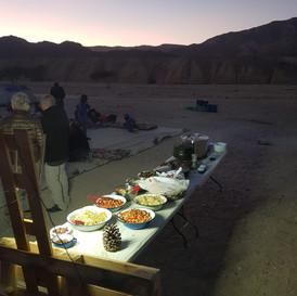 ארוחת ערב בשחורת הרי אילת