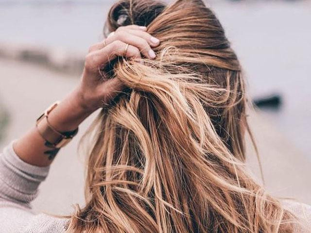 HOW YOU CAN ACTUALLY WASH YOUR HAIR ONLY ONCE A WEEK, Women's Health